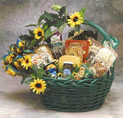 Sunflower Treats -Large $119.99  Dark green stained basket with central handle and sunflower trim