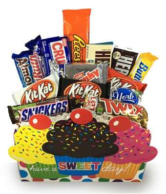 Colorfully designed Cupcake Container with an assortment of popular candy bars